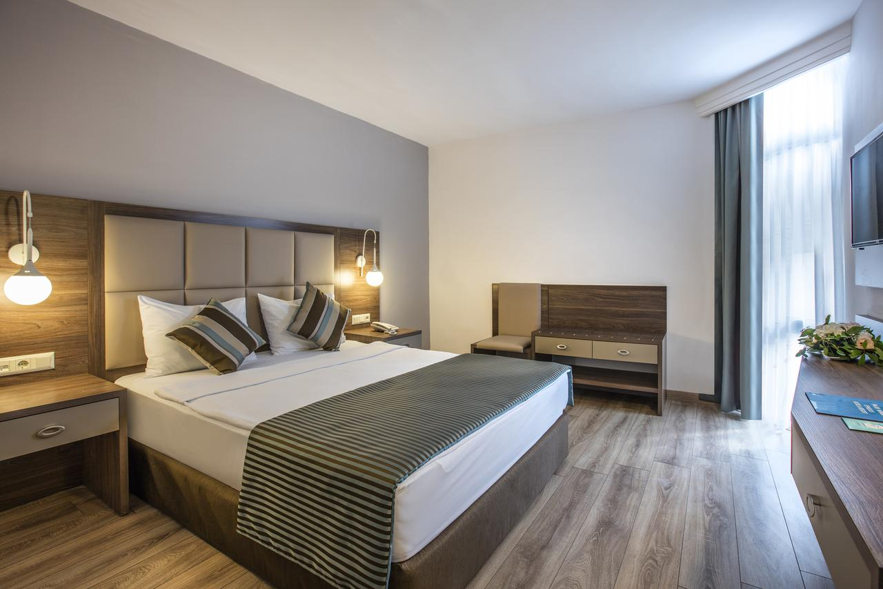 Номер в Palm Wings Ephesus Beach Resort - Ultra All Inclusive