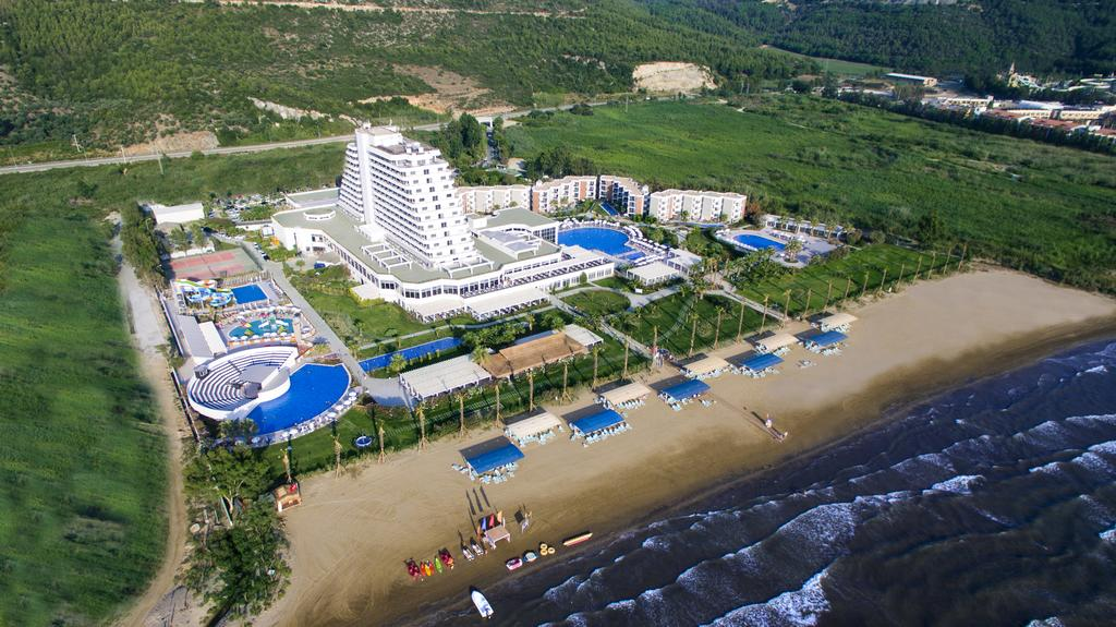 Palm Wings Ephesus Beach Resort - Ultra All Inclusive с высоты птичьего полета