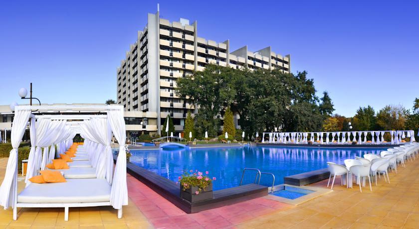 Отель дельфин болгария